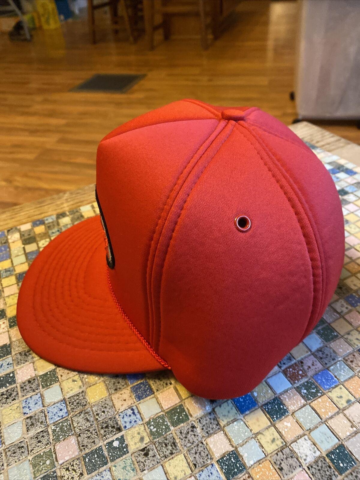 Vintage Victory Oil Snapback Trucker Hat, Red Foa… - image 3