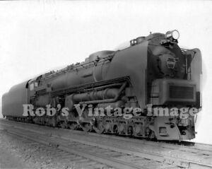 Pennsylvania-Railroad-T-2-photo-6-4-6-Steam-Turbine-Locomotive-6200-PRR-train-4