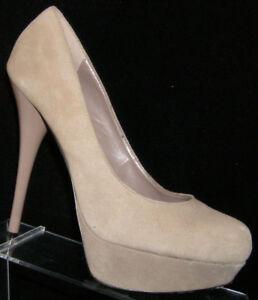 Steve Madden 'Caryssa' tan suede round toe slip on platform heels 9M 6084