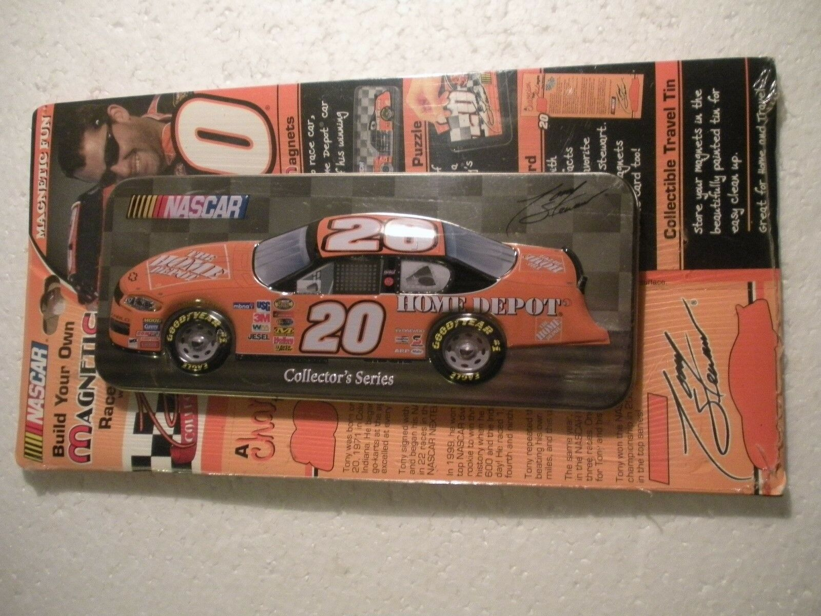 Tony Stewart 2005 MAGNETIC RACE CAR WITH 3D TIN CONTAINER HOME DEPOT NASCAR