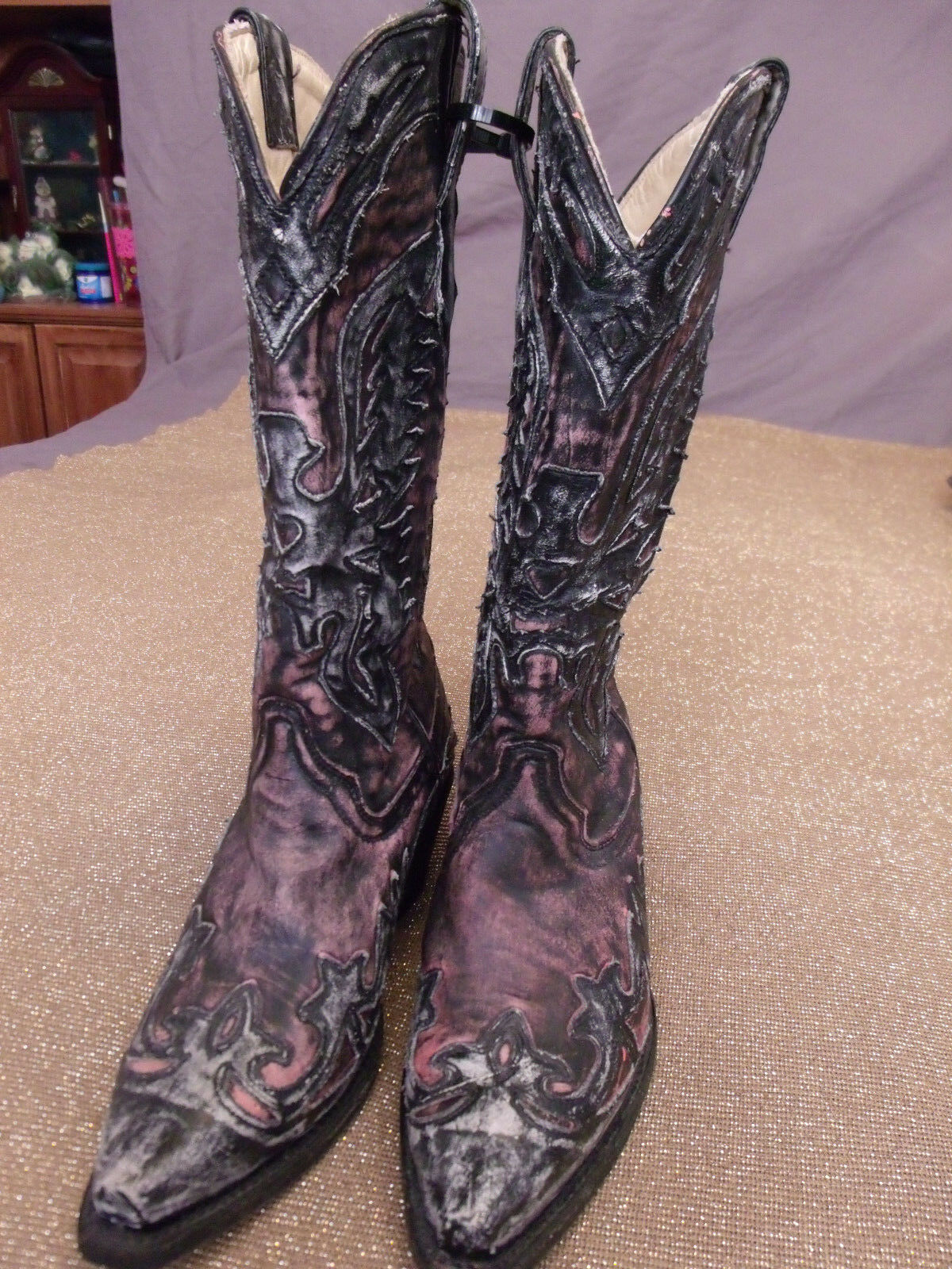 Corral CowGirl Vintage SnipToe Distressed Rose/Black Eagle Boots R2380 6.5M