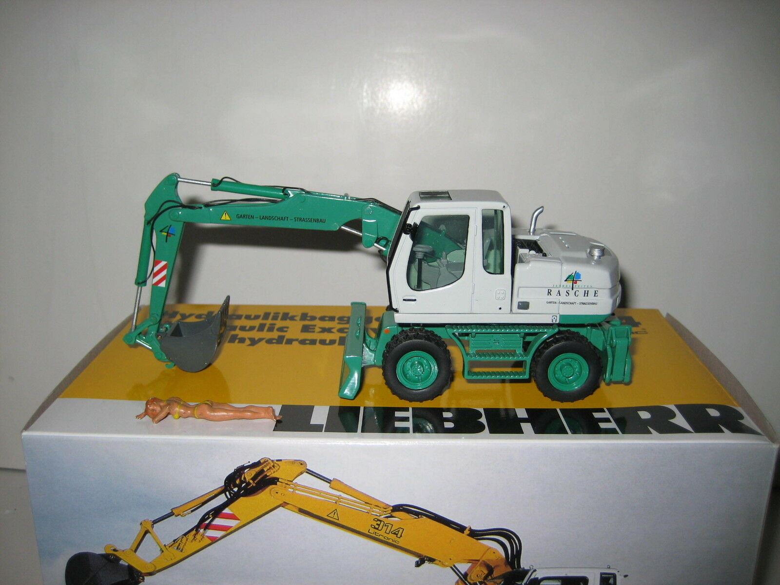 Liebherr A 314 Excavateurs tieflöffel rapide  498 NZG 1 50 neuf dans sa boîte