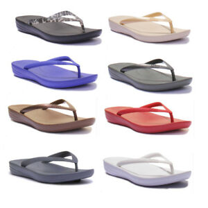 8c144e3e7 Image is loading Fitflop-Iqushion-Summer-Flip-Flops-Womens-Beach-Sandals-