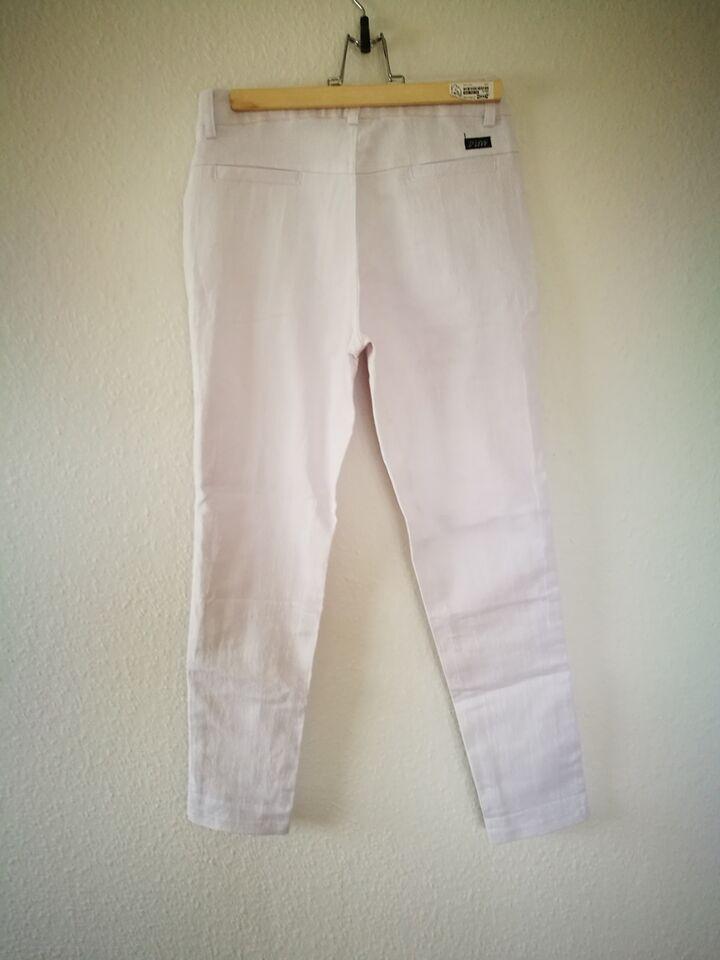 Jeans, (#9) D'live, str. 28