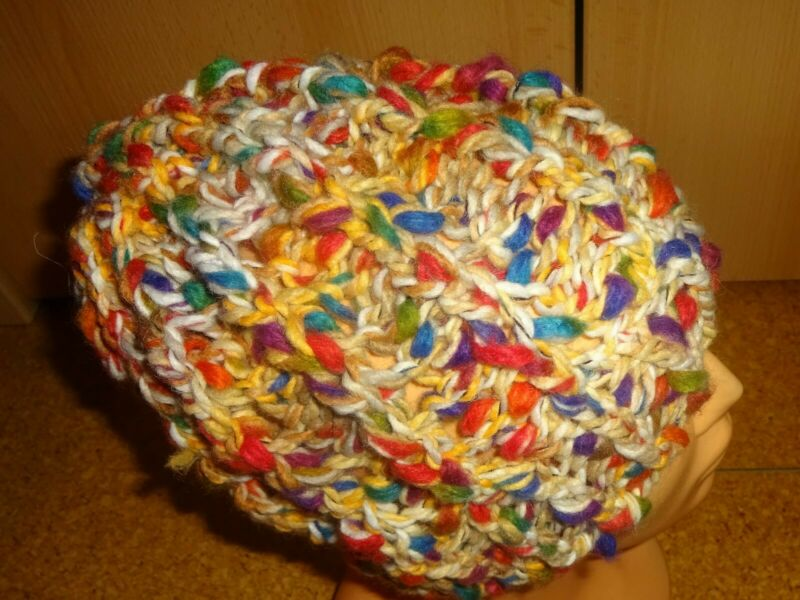 Aggressiv Mützen Handgestrickt Tacoma 84 Natur Color Wolle Polyacryl