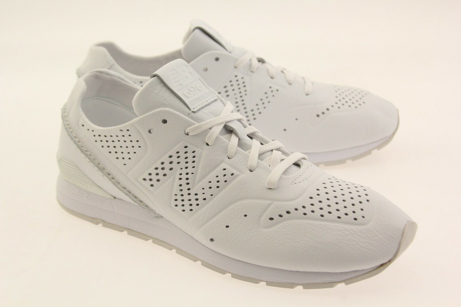 New Balance Homme 696 Deconstructed Leather MRL696DT  Blanc  MRL696DT