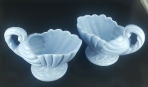 2-Vintage-Haeger-MCM-Blue-Scalloped-Shell-Cornucopia-Ceramic-Planter-Vase-Footed