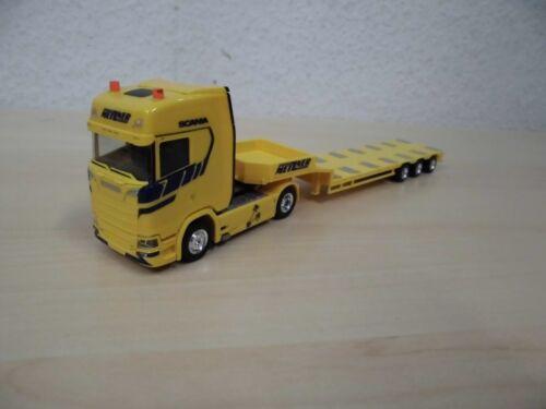 "Scania CS V8 Tieflade-Sattelzug /""Spedition Metzner/"" 936620-1:87 Herpa"