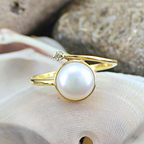 0.02 CTS GENUINE WHITE PEARL & DIAMOND STUDDED 14 K SOLID GOLD RING - GEM EDH