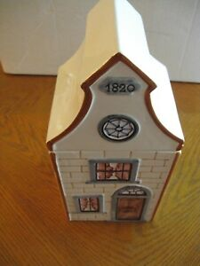Mancer-Made-in-Italy-1820-HOUSE-Cookie-Jar