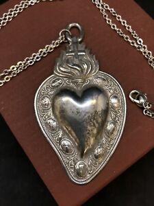 Collana cuore ex voto metallo bagno argento vintage passione pgr 7,5x 4,5 cm