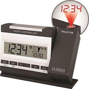 WT-5720-La-Crosse-Technology-Projection-Alarm-Clock-with-Inside-Temperature