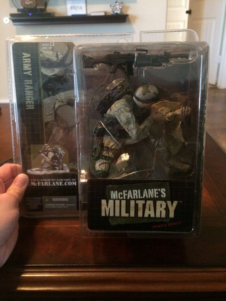 ARMY RANGER  CAUCASIAN VARIATION  McFarlanes Military Series 1 Action Figure &