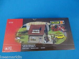 FALLER 131243 Colonist House Un-Build kit