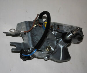 Original-Opel-Wischermotor-hinten-Heckscheibe-Vectra-A-Caravan-90228467-1273002