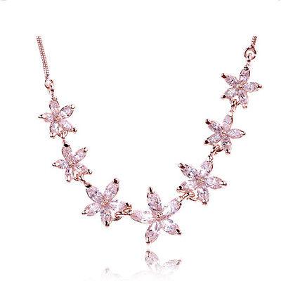 FleißIg Asamo Damen Halskette Mit Blüten Anhänger Mit Swarovski Elements Blumen Zh1025