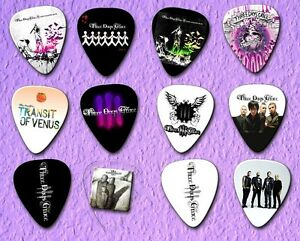 THREE-DAYS-GRACE-Guitar-Picks-Limited-Edition-Set-of-12