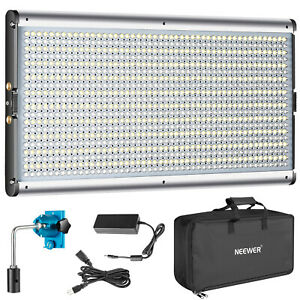 Neewer-Bi-color-960-LED-Dimmable-3200-5600K-Video-Light-Panel-with-Carry-Bag