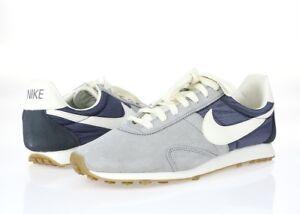 Womens-Nike-grey-white-fabric-sneakers-shoes-sz-9-5