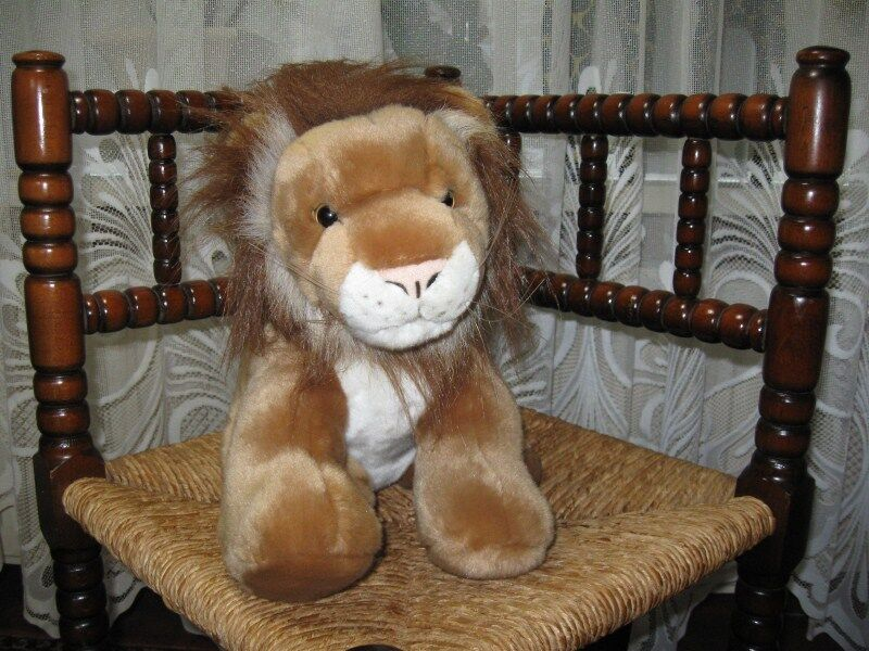 Semo Germany Gorgeous Sitting Lion Stuffed Animal Plush 28 cm