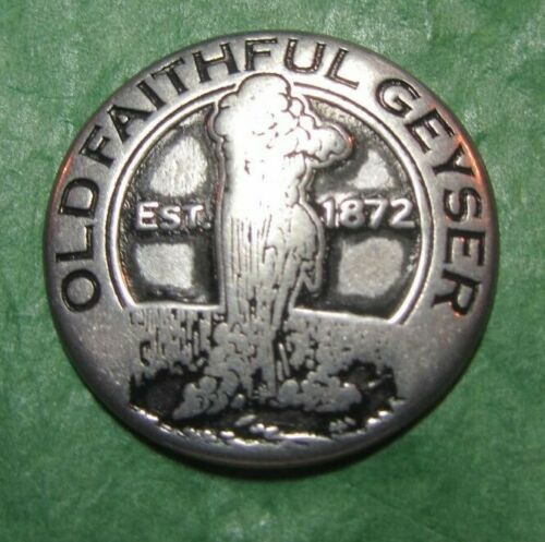 T23 Details about  /YELLOWSTONE NATIONAL PARK WYOMING OLD FAITHFUL GEYSER WOLF METAL TOKEN