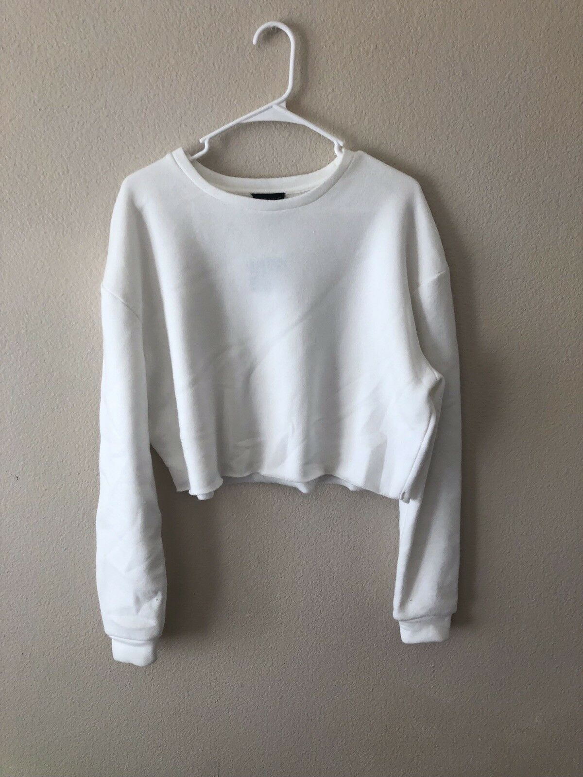 NEW Women's TopShop Cropped White Sweater