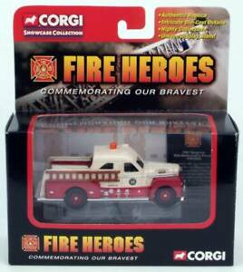 FIRE-HEROES-1951-Seagrave-70th-Anniversary-Pumper-CORGI-CS90066