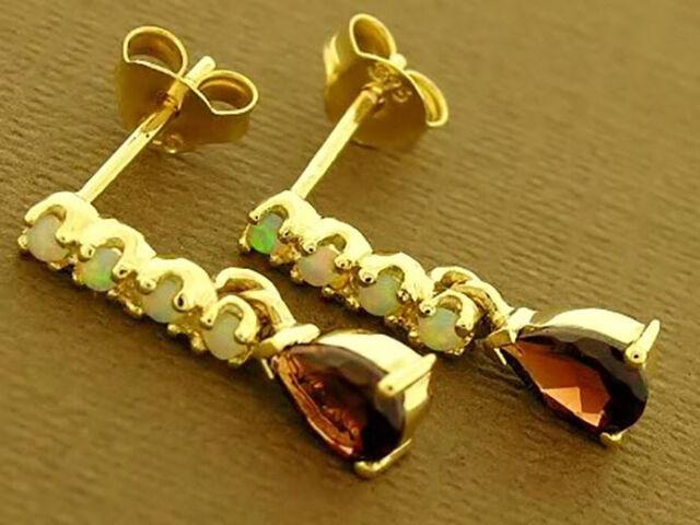 E038- Lovely 9ct Solid Gold NATURAL Garnet & Opal Stud DROP Earrings