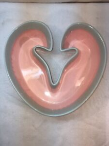 Vtg Mid-Century HULL Pottery Art Pink Sea foam Blue Drip Heart Bowl Planter