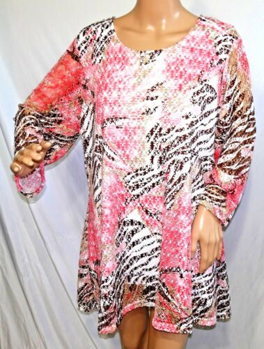 Southern Lady Women Plus Size 1x 2x Coral White Lined Mesh Tunic Top Blouse