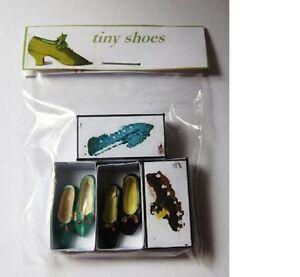 2 pares de zapatos señoras B Casa De Muñecas Miniaturas