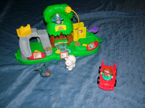 2001 FISHER PRICE LITTLE PEOPLE MUSICAL JUNGLE ZOO