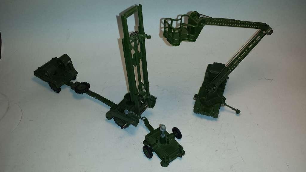 DINKY militare missili veicoli commerciali e corrispondente piattaforme elevabili MANUTENZIONE CAMION TRUCK