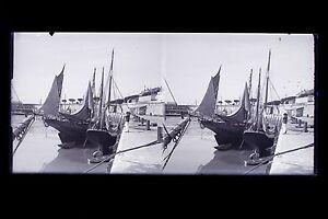 France-ville-a-dentifier-Bretagne-Plaque-de-verre-stereo-NEGATIF-vers-1925