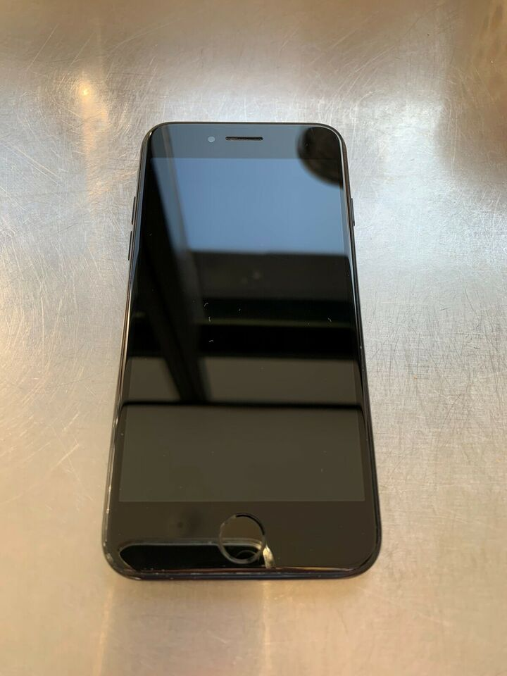 iPhone 7, 128 GB, sort