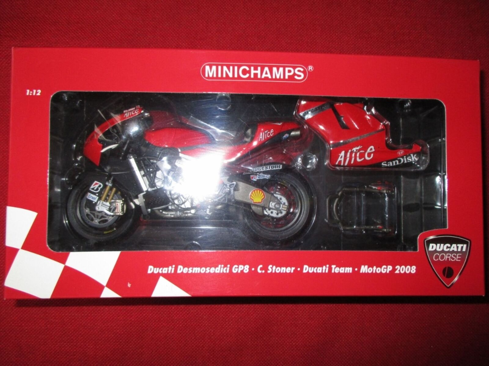 MINICHAMPS ® 122 080001 1 12 Ducati Desmosedici gp8 C. Stoner Ducati Équipe 2008