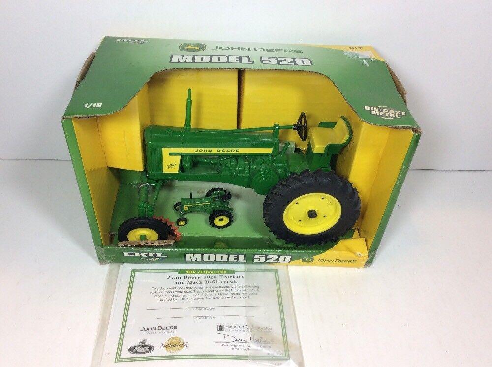 1 16 Scale John Deere MODEL 520 w  Bonus 1 64 Tractor 2007 ERTL Britains 31224