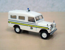 "Brekina/Starmada - Land Rover III 109 ""Police Guernsey"" (GB) - Nr. 13763 - 1:87"