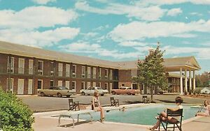 LAM-W-Perry-GA-Colonial-Manor-Motel-and-Restaurant-Exterior-Pool-View
