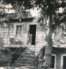 CORSE c. 1950 - Jeune Fille Maison à Aullène - Div 108