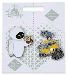 Disney-Store-Pixar-Wall-E-amp-Eve-Pin-Set-Pair-Couples-Valentines-Wedding-Gift-NEW