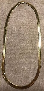 18-034-14K-ITALY-Gold-Flexible-Flat-HERRINGBONE-CHOKER-Necklace-20-grams-14Kt