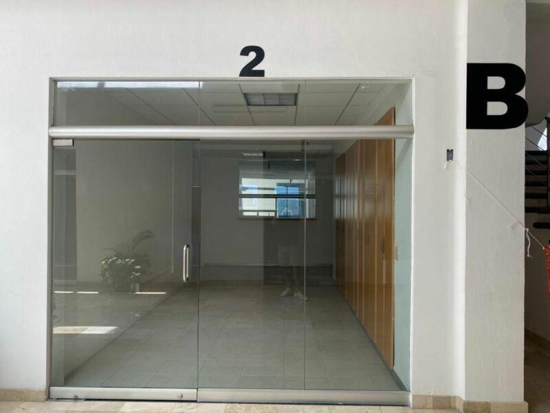 Local en renta para oficina en Descuento por Pandemia, Puerto Vallarta.