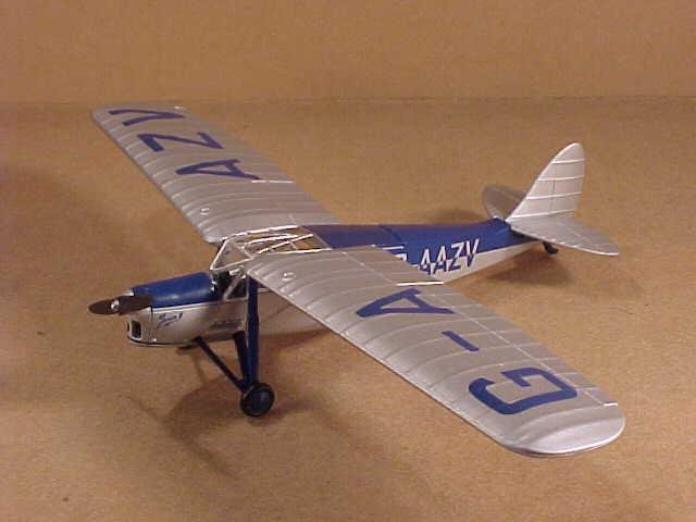 Oxford 1 72 Diecast de Havilland D.H.80A Puss Moth A Johnson UK to USSR PM001
