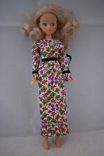 Mary Quant DAISY doll in green purple flower dress  outfit 70's