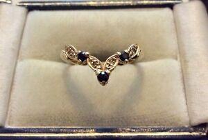 Lovely-Ladies-Pretty-Vintage-Full-Hallmarked-9CT-Gold-Sapphire-amp-Diamond-Ring