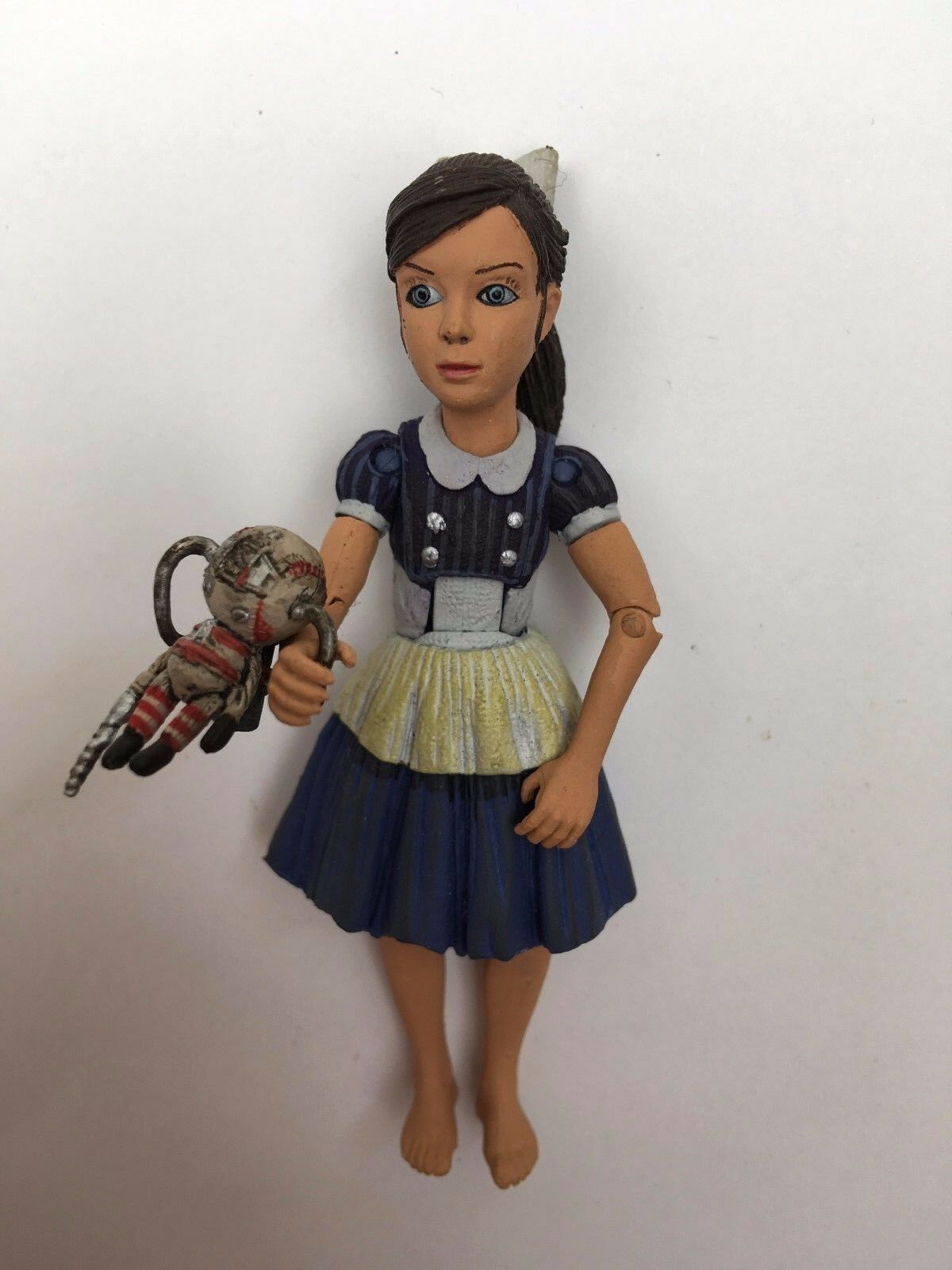 NECA BIOSHOCK 2 LITTLE SISTER SISTER SISTER HORROR GAME DELUXE ACTION FIGURE 657f64