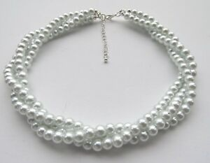 3-Strand-Pearl-Choker-Necklace-With-extension-chain