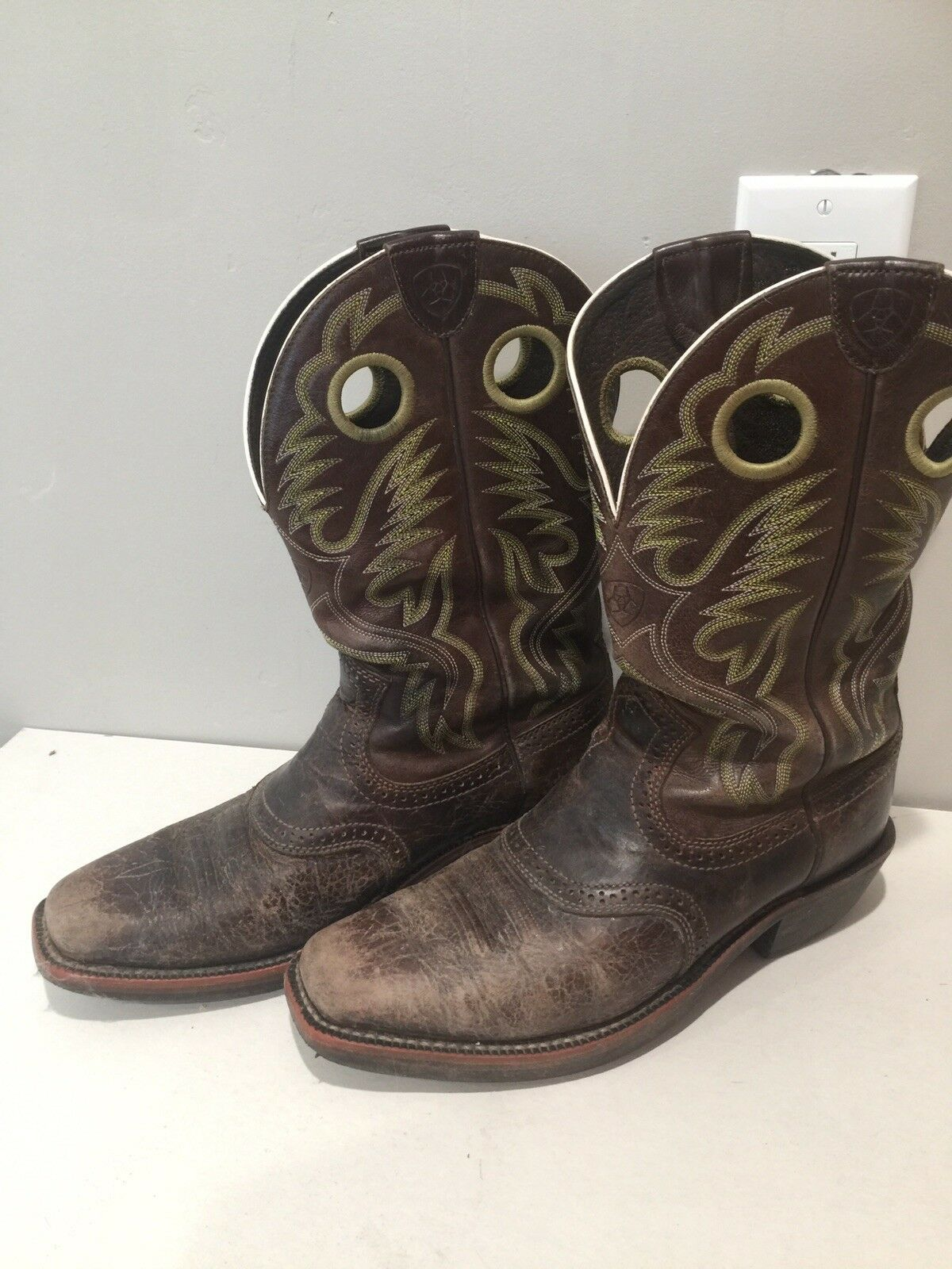 Ariat 10007850 Heritage Roughstock marron Square Toe Pull On Riding Cowboy bottes