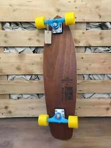 Calibro-Team-Jollify-Custom-Longboard-Safari-Street-75x20-5cm-Parti-Trucks